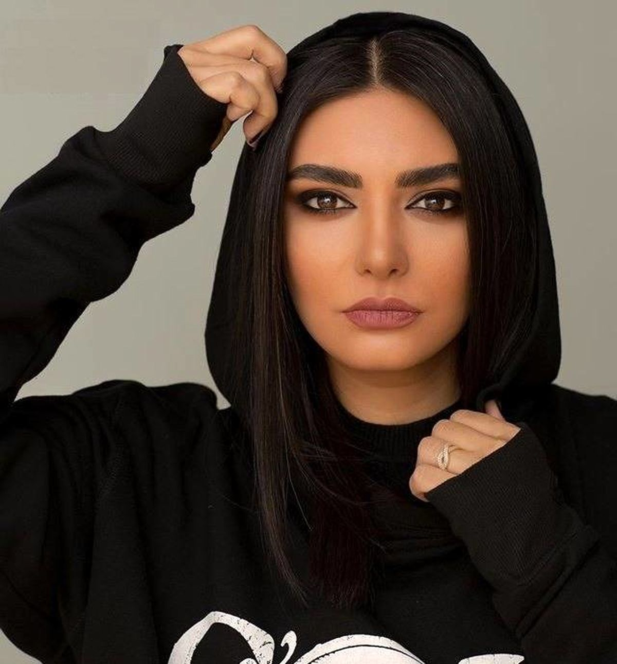 خانم بازیگر معروف پایتخت ازدواج کرد + عکس دونفره
