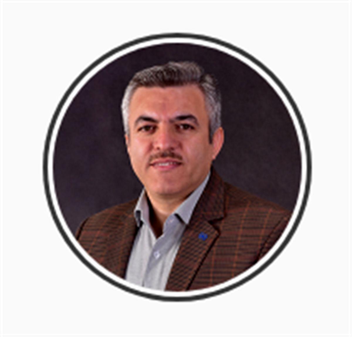 تقدیر دبیر شورای اجرایی فناوری اطلاعات کشور از رئیس مرکز فاوای بیمه مرکزی